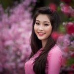 Liên Khúc: Đêm Giao Thừa Nghe Khúc Dân Ca; Ngày Tết Quê Em; Mùa Xuân Ơi; Bài Ca Tết Cho Em; Ngày Tết Việt Nam