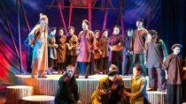 Cải lương sân khấu Như những tượng đài Văn Quang, Bích Phượng